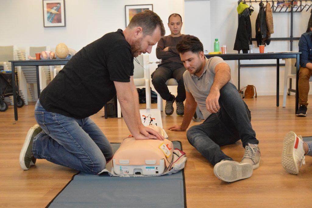 aed-hartstilstand-defibrillator-eduq-tips-opleidingen-hart